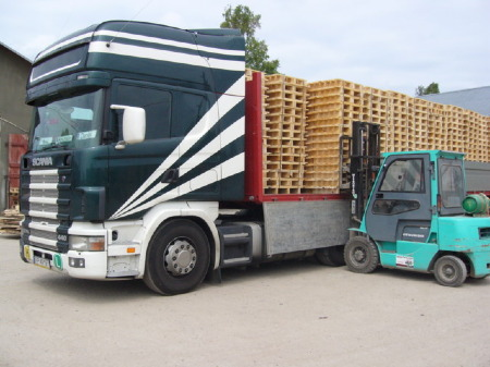 Transport palet – podstawowe informacje